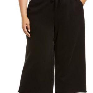 Michael Studio Black Lace Front Wide Leg Capri
